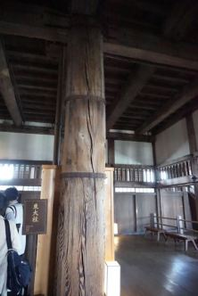The East Pillar supporting Himeji Castle