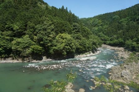Hozugawa River flowing into the mountain ranges