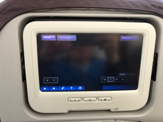 The IFE hanged halfway through the three-hour flight time and there were no attempts by the attendants to reset the system