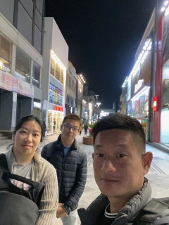 Wefie at the shopping street in Jeju-si